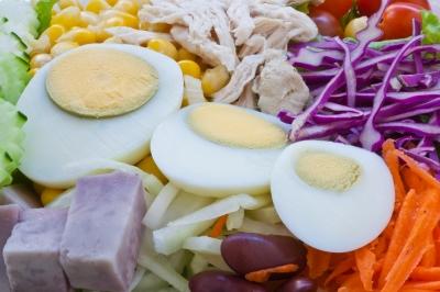 macht salat am abend fett